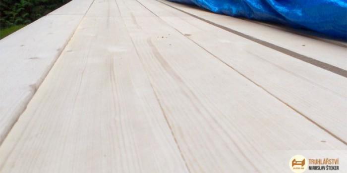 Smrk vs. borovice. Jaký materiál zvolit při výběru kvalitní postele z masivu?